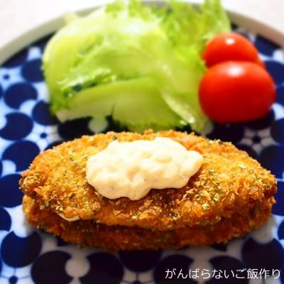 タルタルソースと白身魚フライ