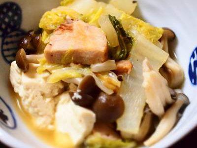 ももハムと白菜の煮物